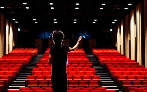 Monologer för att söka till teaterskola